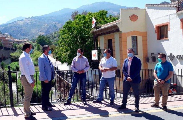 El delegado de Turismo, Gustavo Rodríguez, visita Monachil