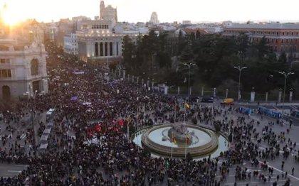 El feminismo protagoniza parte del debate en el Congreso y enfrenta a PSOE, Podemos y ERC con PP y Vox por el 8M
