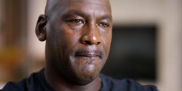 1. ¿Por qué Michael Jordan tiene los ojos amarillos en The Last Dance?