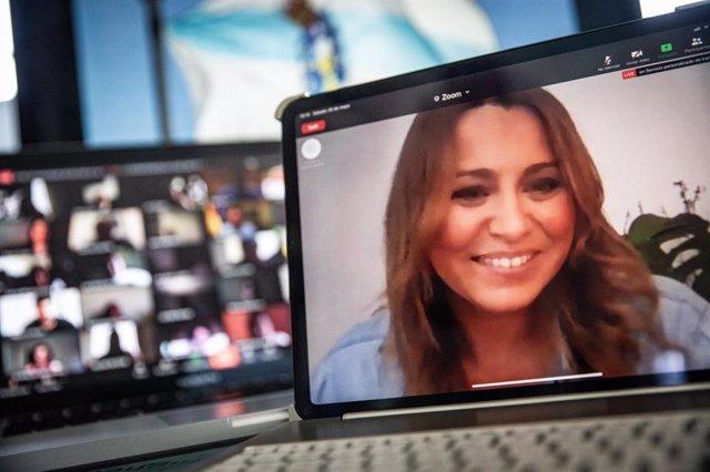 La candidata y portavoz de Ciudadanos en Galicia, Beatriz Pino, en una videoconferencia con militantes gallegos