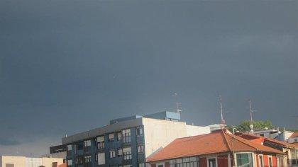 Cielos nubosos y precipitaciones este jueves en Euskadi, con temperaturas en descenso