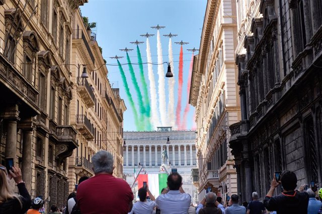 Ceremonia por el Día de la República en Roma