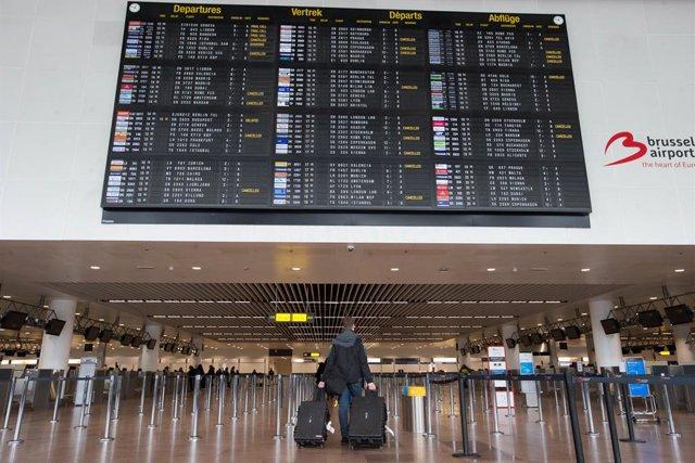 Coronavirus.- El aeropuerto de Bruselas medirá la temperatura de todos los viaje