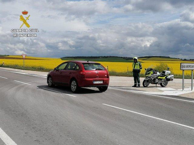 La Guardia Civil investiga a dos conductores por sendos delitos contra la Seguridad Vial de Guadalajara.