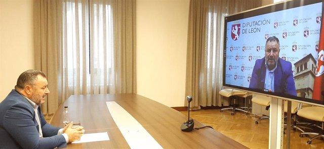 El presidente de la Diputación de León, Eduardo Morán, anuncia el incremento de presupuesto de 2020 para llevar internet al medio rural.