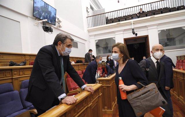 Inicio del pleno de las Cortes del 4 de junio