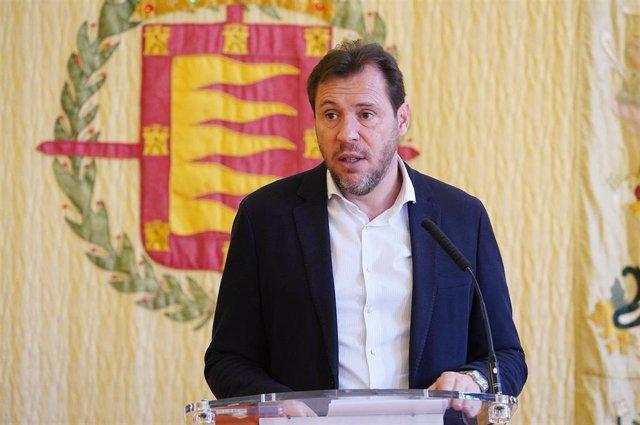 El alcalde de Valladolid, Óscar Puente, en rueda de prensa.