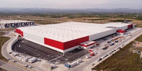 2. Conforama inaugura un nuevo centro logístico en Llíria (Valencia) que crea más de 100 empleos