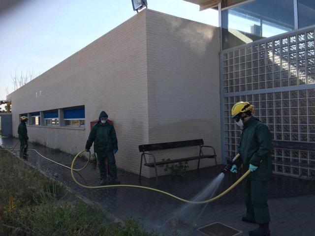 Fotos de fumigación en la residencia de personas con discapacidad de Canteras. Coronavirus. COVID-19