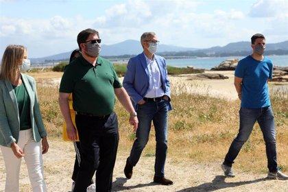 La Xunta colaborará con los municipios para reforzar personal y medios que velen por la seguridad en las playas