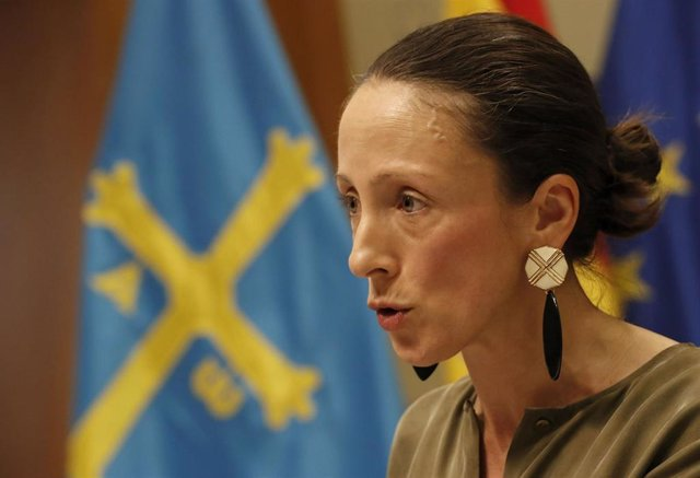 La portavoz del Gobierno asturiano, Melania Álvarez, en rueda de prensa.