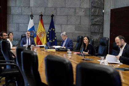 Torres urge a las consejerías a elaborar planes para ejecutar el 'pacto de reconstrucción'