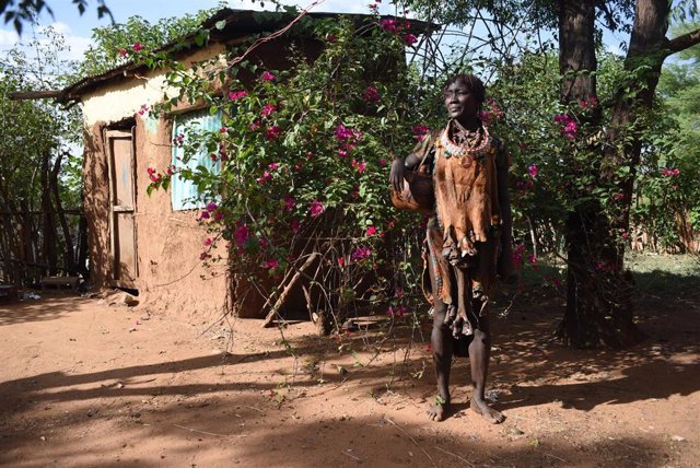 Una mujer de la etnia Hamer en Etiopía