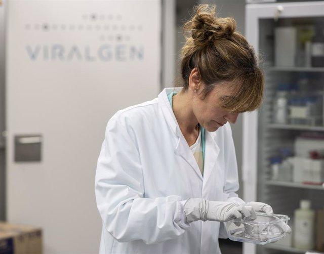 La empresa española Viralgen producirá la vacuna COVID-19 desarrollada por el MGB de Estados Unidos