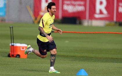 Messi sufre una contractura en el cuádriceps pero podría jugar en Mallorca