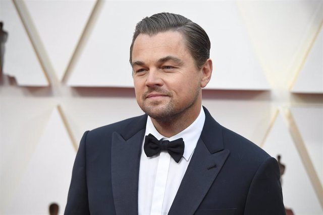09 February 2020, US, Los Angeles: American actor Leonardo DiCaprio poses on the red carpet during the Oscars arrivals at the 92nd Academy Awards at the Dolby Theatre. Photo: Kevin Sullivan/ZUMA Wire/dpa