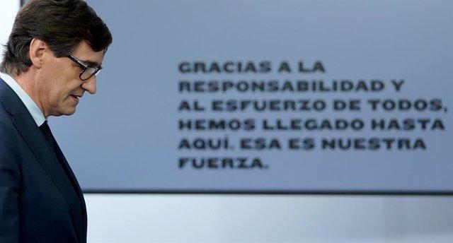 El ministre de Sanitat, Salvador Illa, en la roda de premsa posterior al Consell de Ministres extraordinari de caràcter no presencial a La Moncloa, Madrid (Espanya), 5 de juny del 2020.