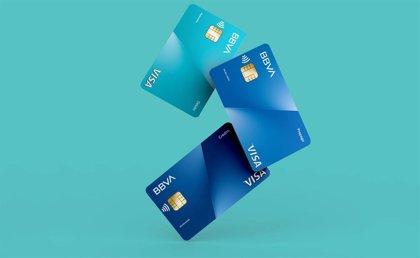 BBVA lanza las primeras tarjetas de plástico reciclado de la banca europea