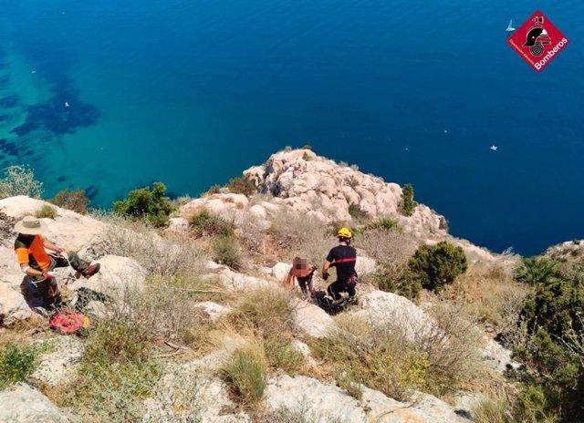 Rescate de los bomberos en el Penyal d'Ifach.