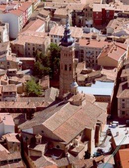 Vista Aérea De La Colegiata De Santa María La Mayor De Calatayud (Zaragoza).