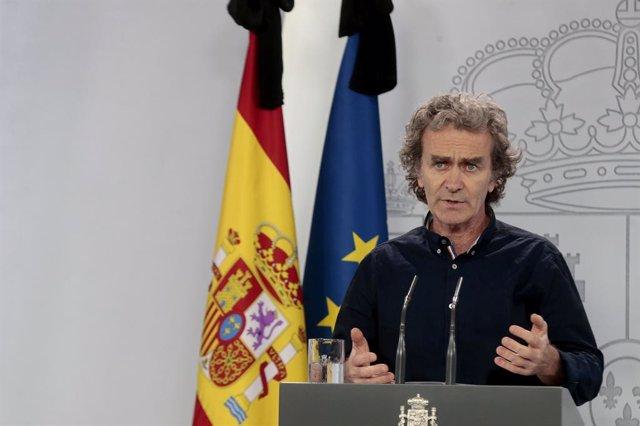 El director del Centre de Coordinació d'Alertes i Emergències Sanitàries, Fernando Simón, compareix en roda de premsa per a informar sobre les novetats del Covid-19. A Madrid, (Espanya), a 27 de maig de 2020.