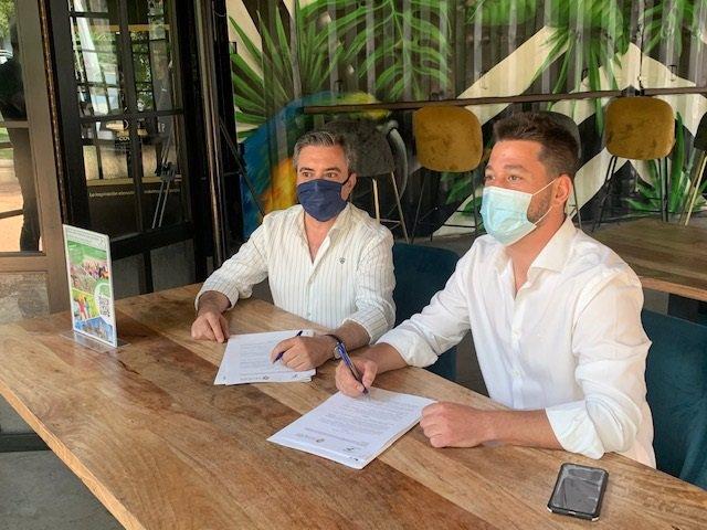 Firma del acuerdo entre Aehcor y la Asociación para el Fomento del Turismo del Valle del Guadalquivir