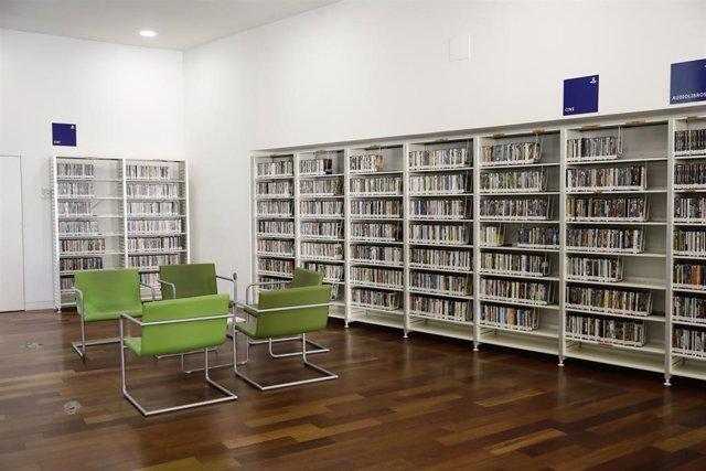 Interior de la biblioteca municipal de la capital Iván de Vargas