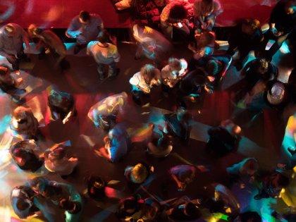 Bares de ocio nocturno y discotecas podrán abrir desde este lunes en fase 3 con un tercio de su aforo y sin baile
