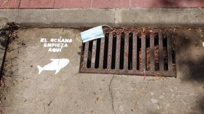 """Greenpeace alerta de que el aumento de plásticos desechables por la pandemia """"supone un nuevo paso atrás"""""""