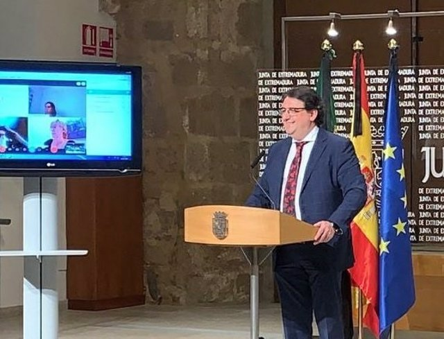 José María Vergeles, en la rueda de prensa de este sábado.