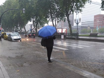 Más lluvias y descenso de temperaturas este domingo en Euskadi