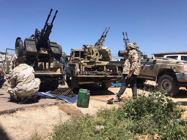 Libia.- Fuerzas del Gobierno libio con sede en Trípoli lanzan una ofensiva sobre