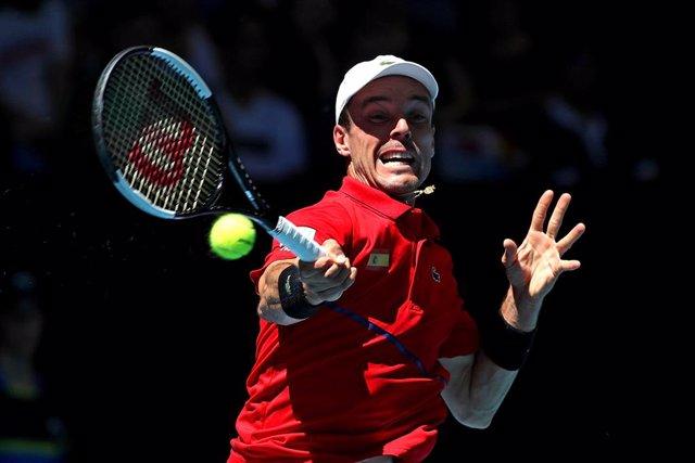 Tenis.- Bautista y De Miñaur repiten victoria y se medirán por el título en Alic