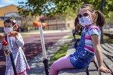 Foto: Sí a la vuelta de guarderías y campamentos de verano pero con estas precauciones, ¿o mejor con los abuelos?