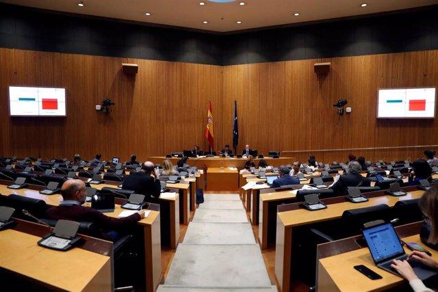 Vista general de una comisión en el Congreso
