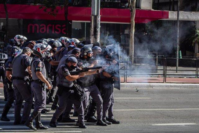 Manifestación en las calles de Sao Paulo contra el Gobierno de Jair Bolsonaro.