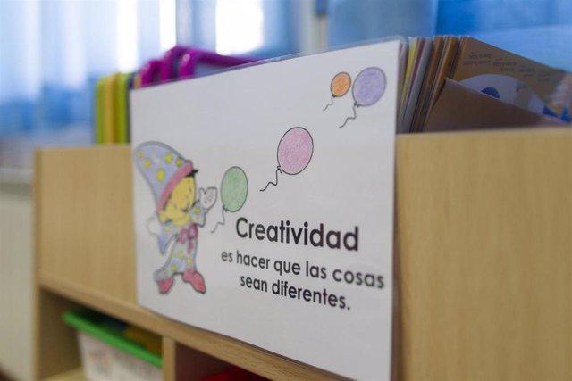 Colegio, aula, primaria, infantil, clase, niño, niña, niños