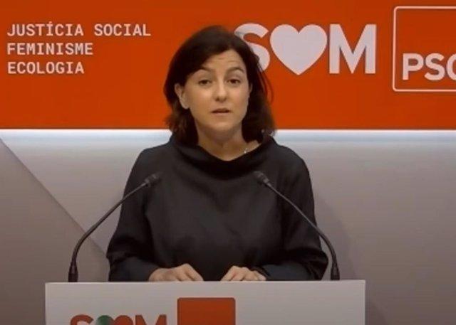 La portavoz del PSC en el Parlament, Eva Granados, en rueda de prensa.