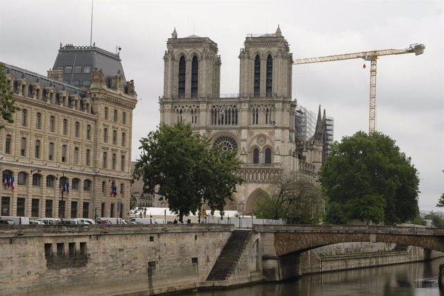 """Francia.- Francia quiere establecer un sistema de empleo parcial durante """"uno o"""