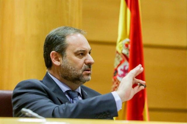 El ministro de Transportes, Movilidad y Agenda Urbana, José Luis Ábalos, durante su última comparecencia en comisión en el Senado