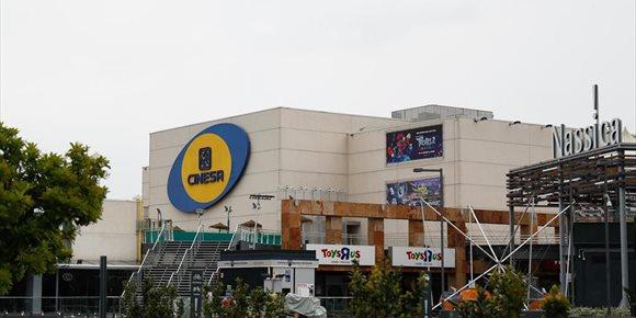 2. Centenares de entradas vendidas para el lunes de reapertura en los cines de Cinesa