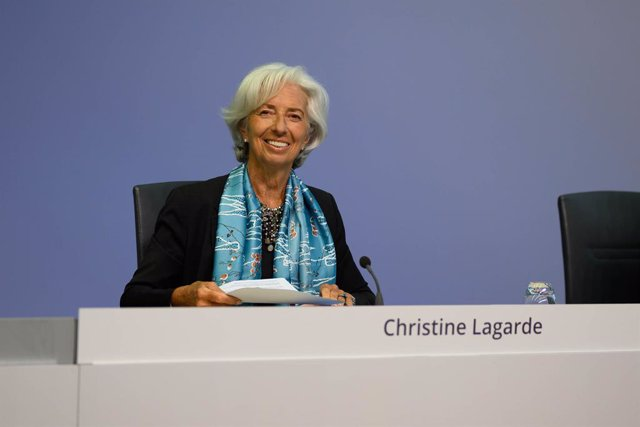 HANDOUT - 04 June 2020, Hessen, Frankfurt_Main: Christine Lagarde, President of the European Central Bank (ECB) smiles at the start of the ECB press conference in Frankfurt. Photo: Adrian Petty/ECB/dpa - ATTENTION: editorial use only and only if the credi