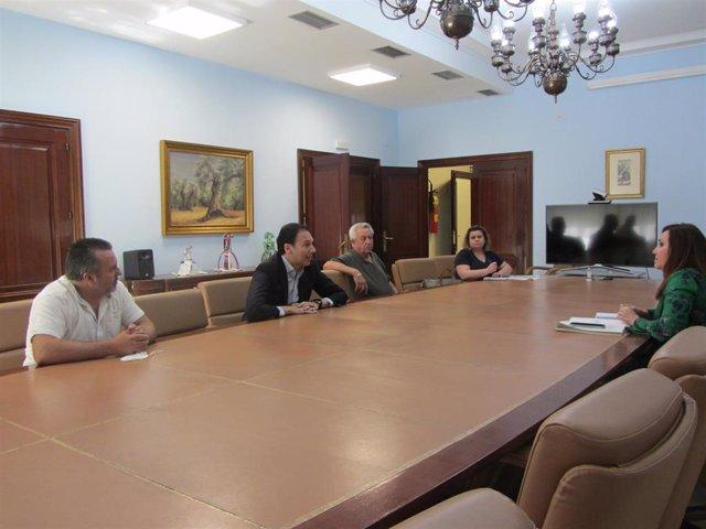 Reunión con la subdelegada del Gobierno en Jaén, Catalina Madueño