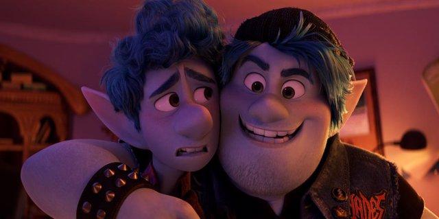 Onward, la aventura mágica y fraternal de Pixar, llega a Disney+