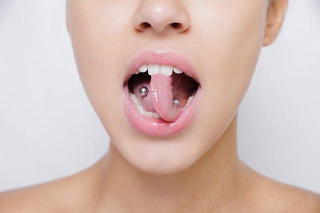 Piercing boca.