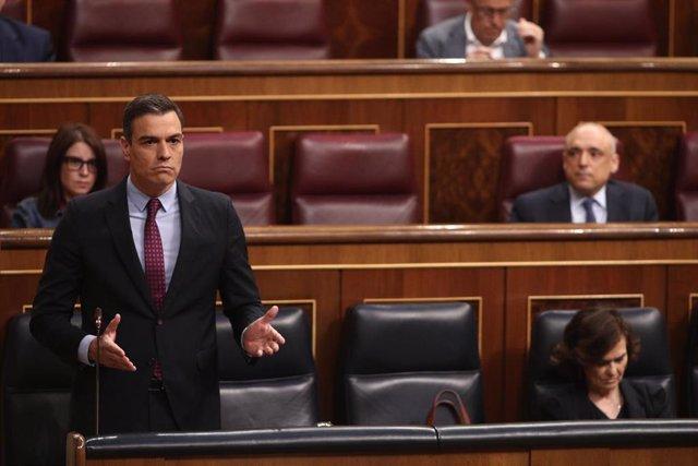 El presidente del Gobierno, Pedro Sánchez, durante su intervención en el Pleno del Congreso de los Diputados este miércoles
