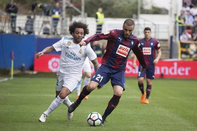 """Fútbol.- Pedro León (Eibar): """"Va a ser igual de difícil jugar contra el Real Mad"""