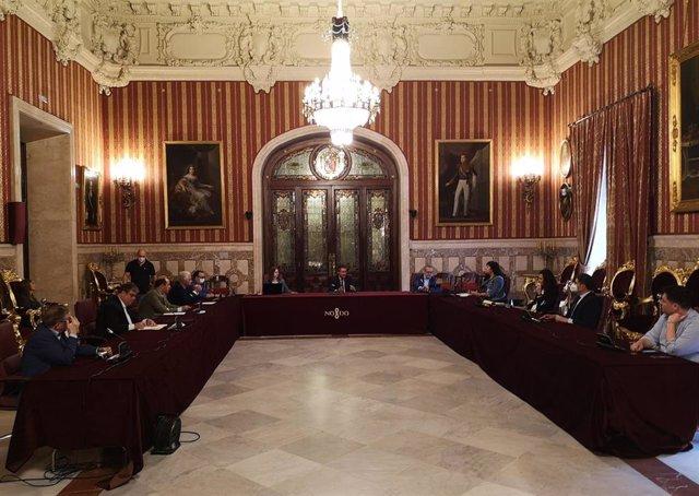 Constituida la Comisión municipal de Garantía Alimentaria para coordinar las ayudas de Servicios Sociales y de ONG