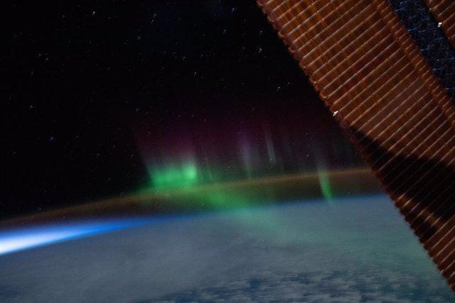Un aurora austral, avistada desde la Estación Espacial Internacional