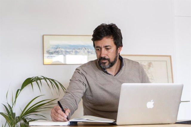 El candidato de Galicia en Común, Antón Gómez-Reino